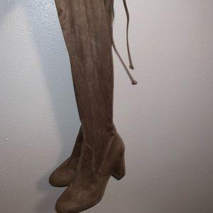 Thigh thigh boots